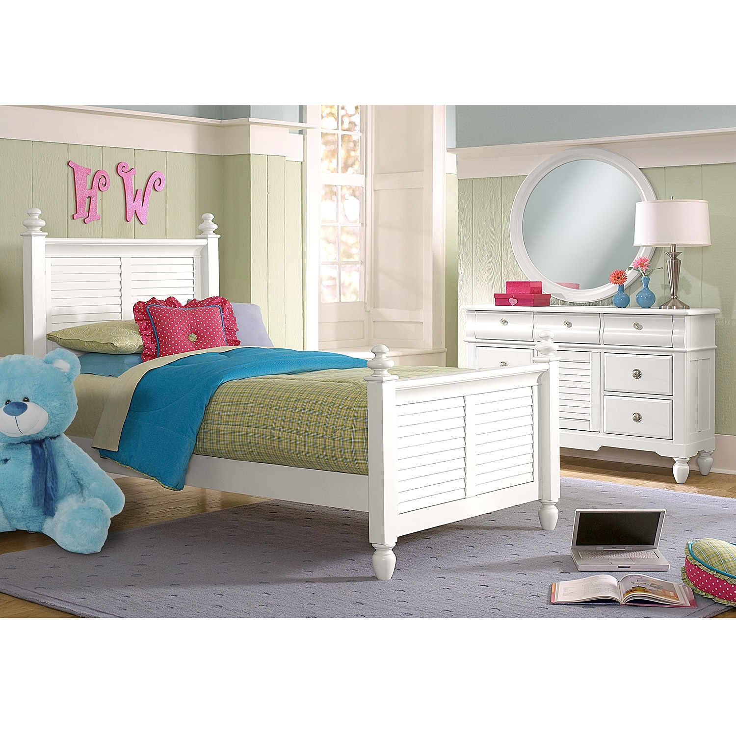 Seaside 5 Piece Full Bedroom Set   White