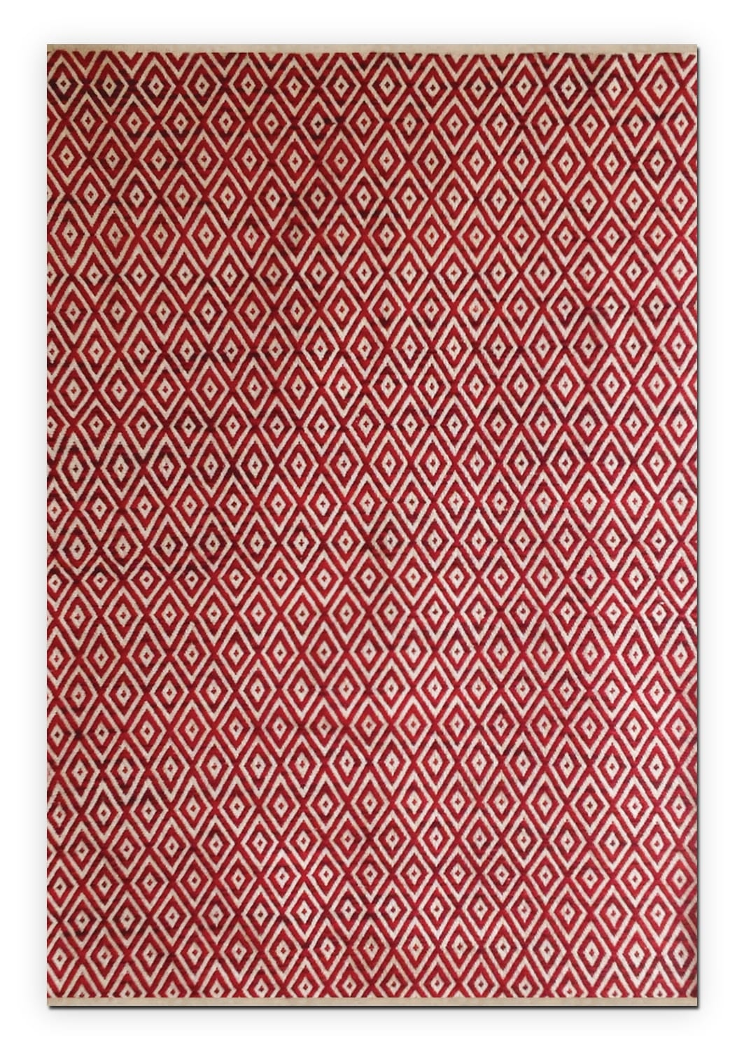 Vintage Red Diamonds Area Rug (5' x 8')