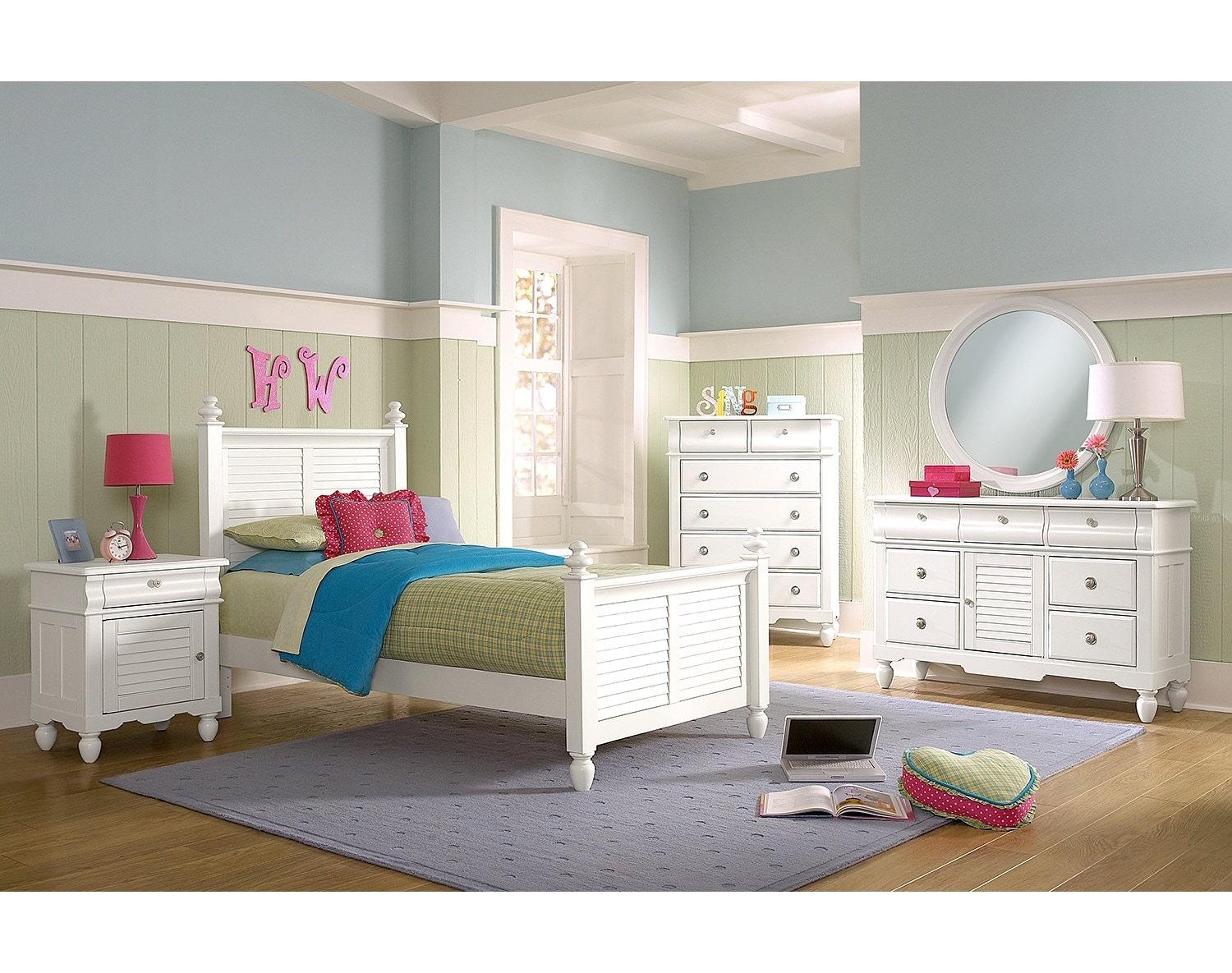 The Seaside Collection - White | Value City Furniture and Mattresses