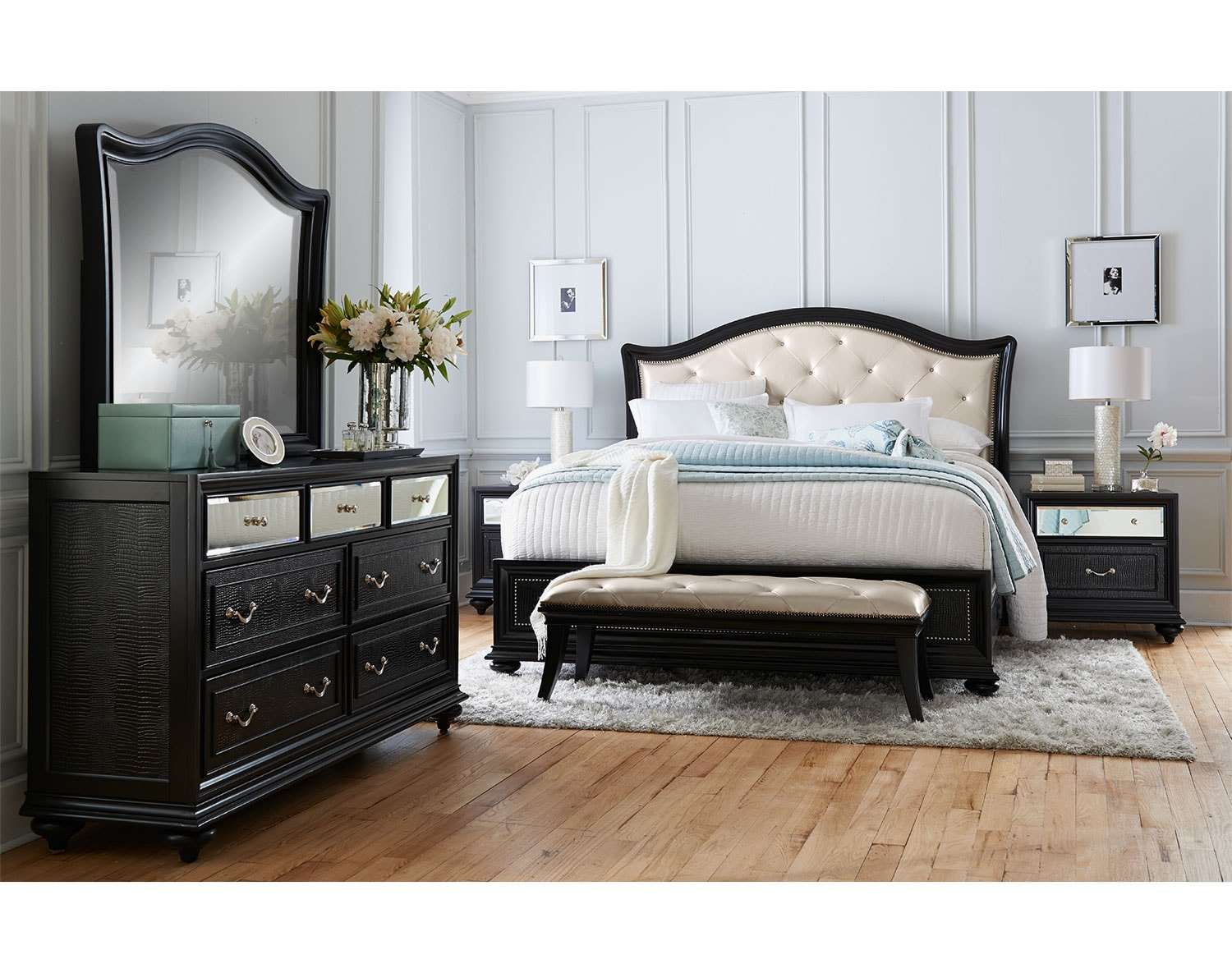 The Marilyn Collection - Ebony | Value City Furniture and Mattresses