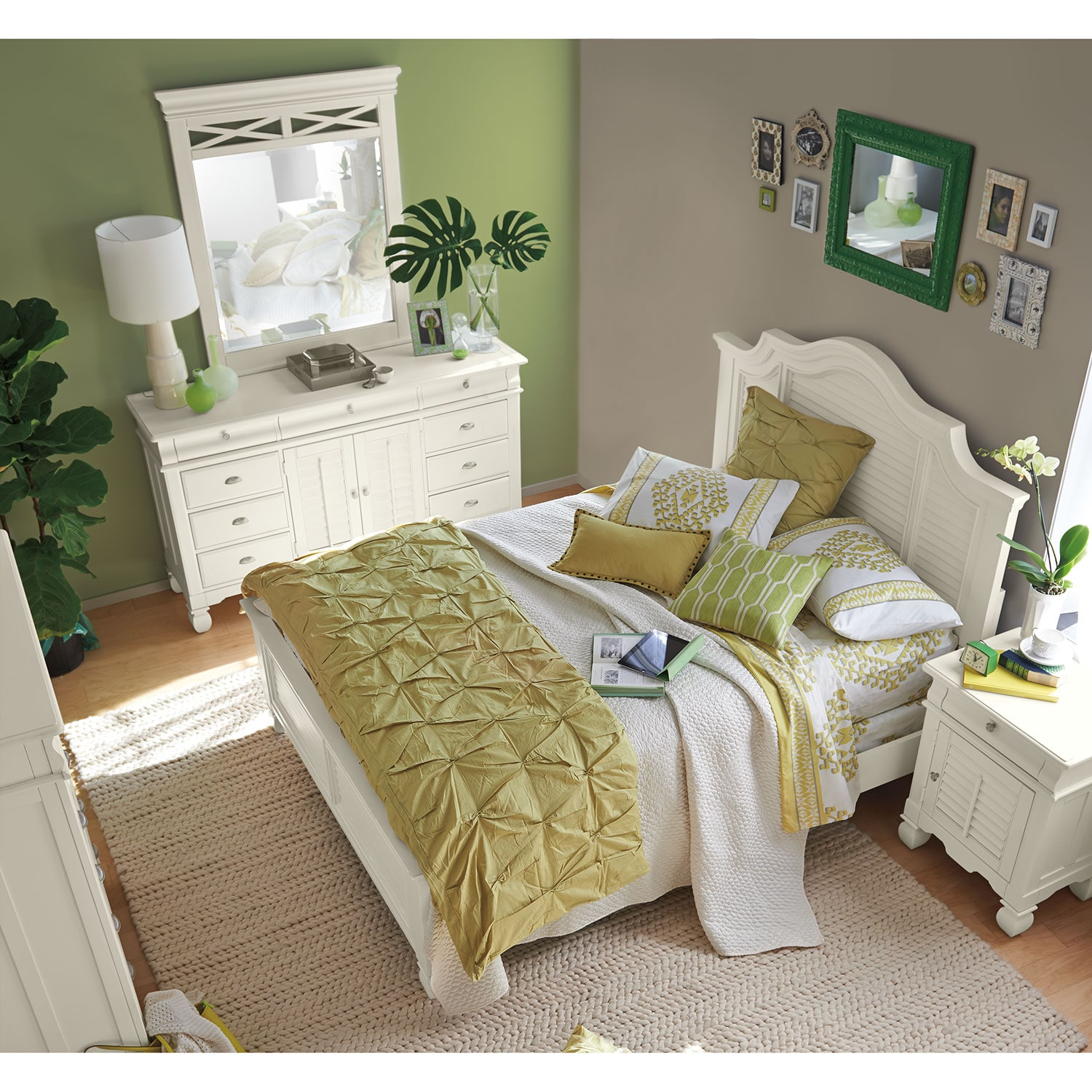 Plantation Cove 5 Piece Queen Panel Bedroom Set   White by American  Signature. Plantation Cove 5 Piece Queen Panel Bedroom Set   White   Value