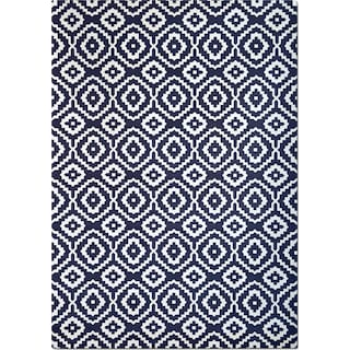 Sonoma 5' x 8' Area Rug - Navy and White