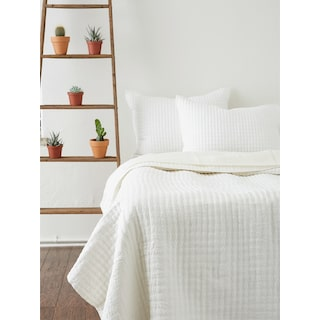 Catalina Queen Quilt - White