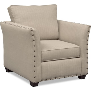 Round Living Room Chairs Living room chairs chaises value city furniture value city mckenna chair sand sisterspd
