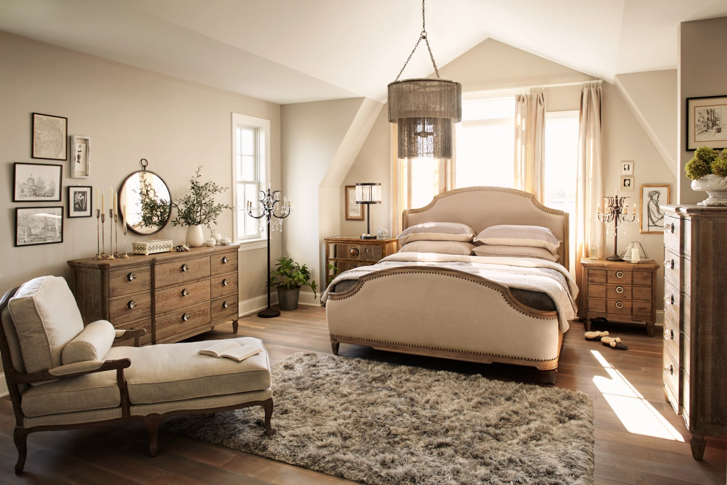 Regents Park 6-Piece Queen Bedroom Set - Oak