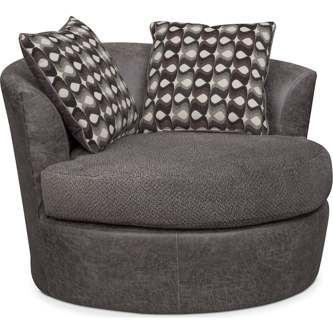 Brando Swivel Chair