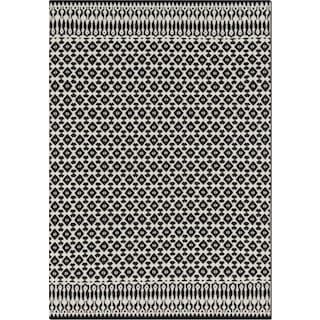 Emmie Kay 4' x 6' Area Rug - Ivory & Black