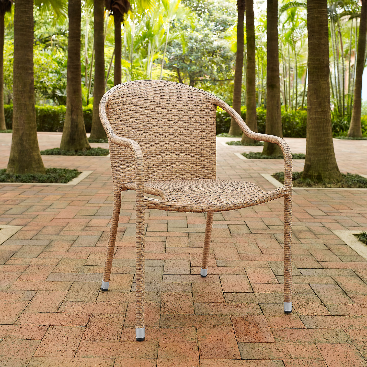 Aldo Set Of 4 Stackable Outdoor Arm Chairs   Light Brown