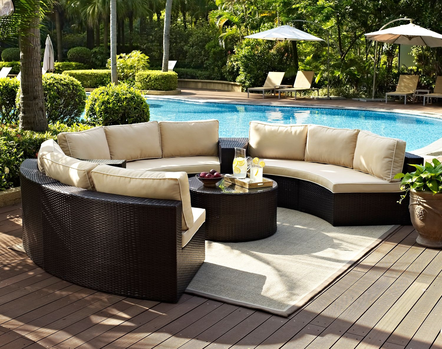 The Biltmore Outdoor Living Room Collection   Brown