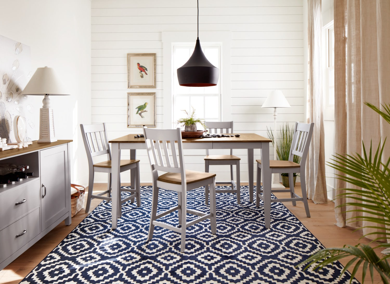 The Nantucket Dining Collection