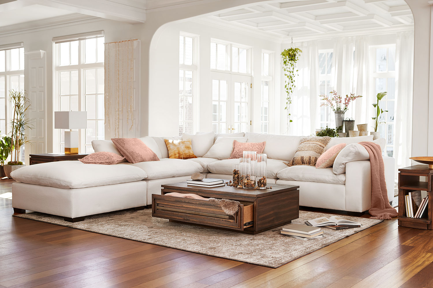 Sensational Plush 4 Piece Sectional And Ottoman Ivory Pabps2019 Chair Design Images Pabps2019Com