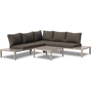 Wynwood Outdoor Sectional and Coffee Table Set